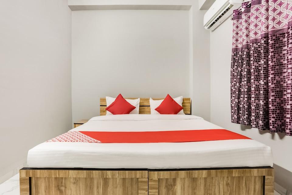 OYO 60156 Hotel Divine