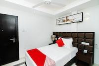 OYO 358 Viveka Hotel