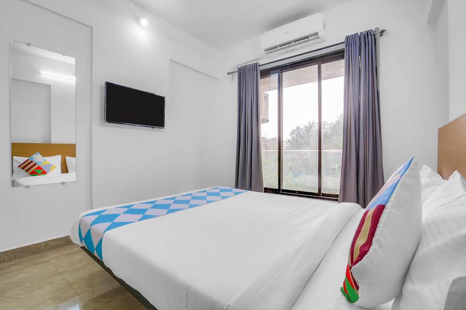 OYO Home 60177 Royal Stay Kalyan