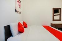 OYO 89383 HKF Hotel