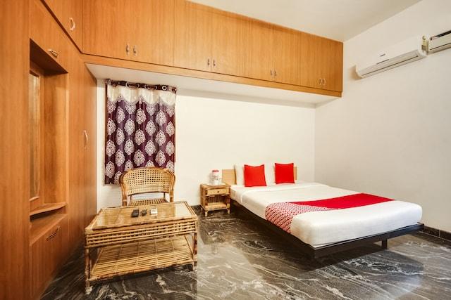 OYO 60246 Viji Bharathi Guest House
