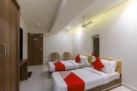 OYO 60259 Hotel Surbhi Suite