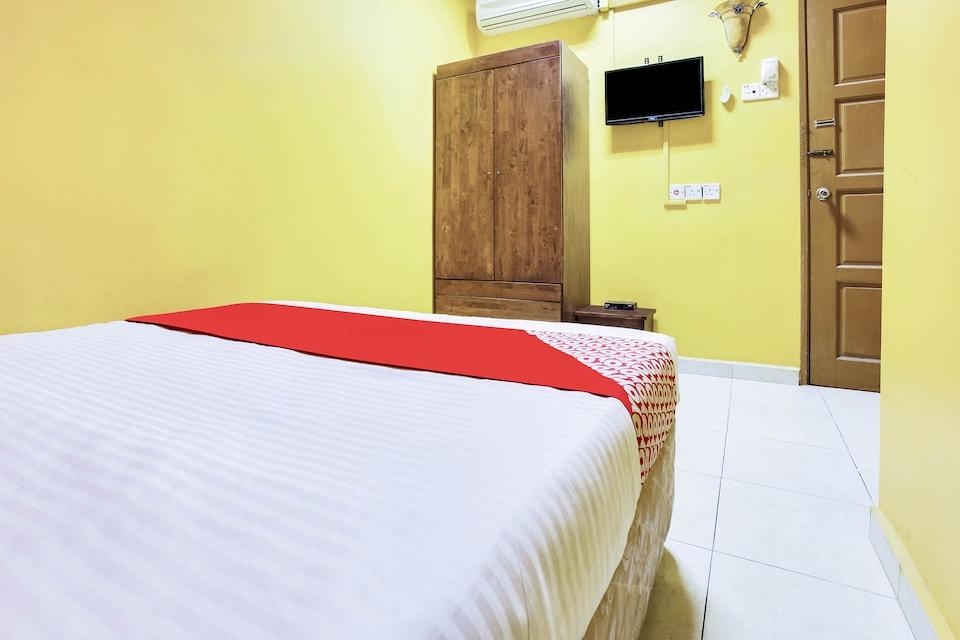 OYO 89406 Lucky Budget Hotel, Sepang, Sepang