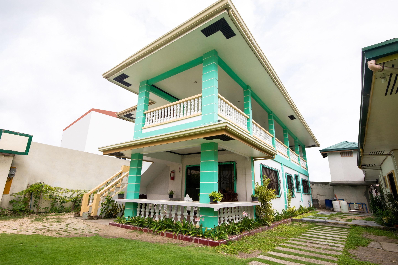 Oyo 409 Bans Beach Resort Hotels