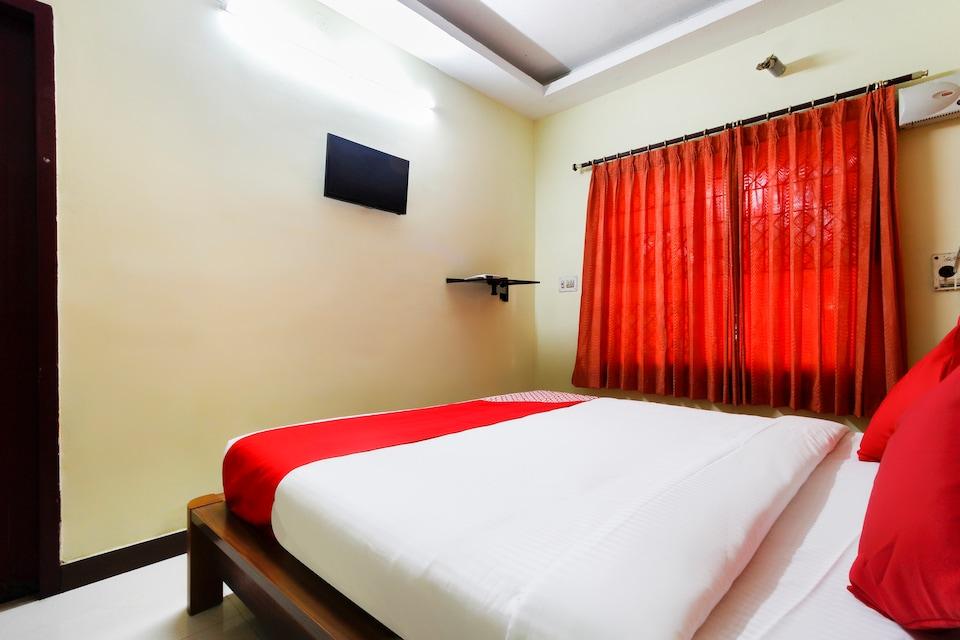 OYO 60444 Hotel New Tamilnadu