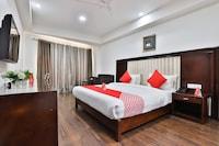 OYO 4938 Hotel Dev Aadi