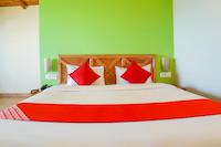 OYO 60507 Hotel Vishwanath Deluxe