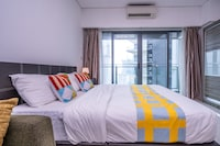 OYO Home 89412 Amazing 1br Summer Suites