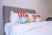 OYO Home 89416 Stylish 1br Summer Suites