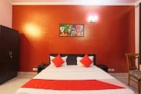 OYO 60570 Sristhi Hospitality Deluxe