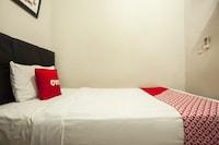 OYO 1631 Hotel Apple