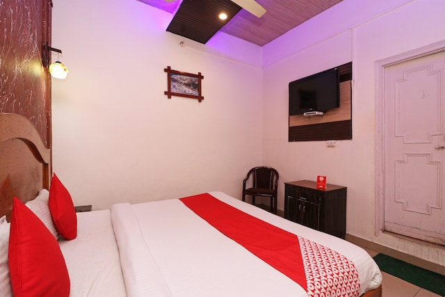OYO 60592 Budget Hotel By The Mountains