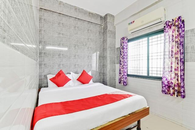 OYO 60623 Shree Shalini Lodge