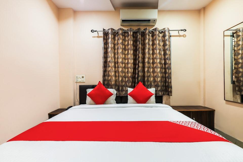 OYO 60653 Hotel Paradise Residency