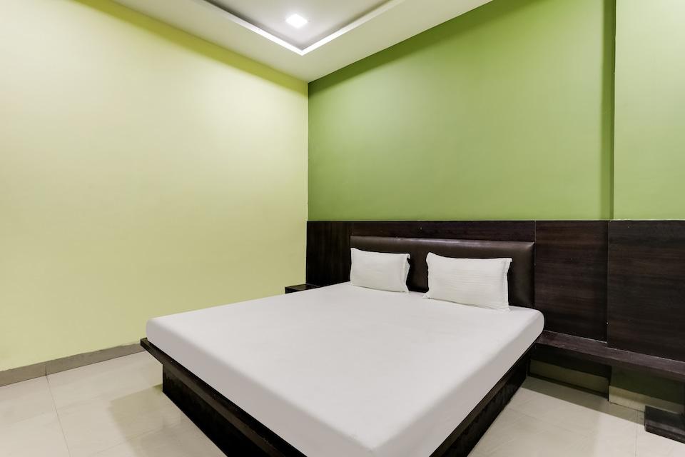 SPOT ON 60684 Hotel Sudarshan