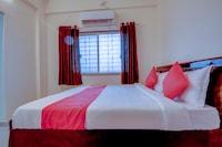 OYO 60685 Hotel Vaishnav Inn Deluxe