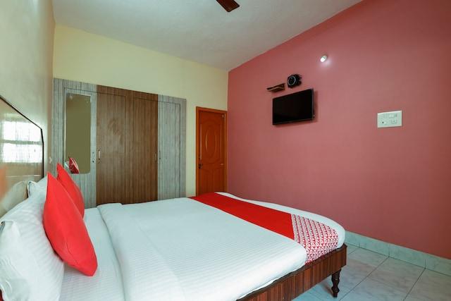 OYO 60708 Jaya Krishna Mansion