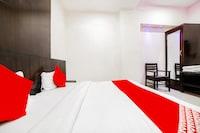 OYO 60734 Hotel Santosh Deluxe