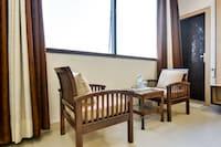 OYO 60737 Hotel Purple Residency Deluxe