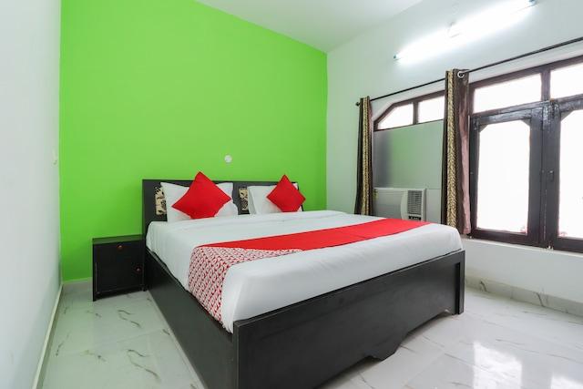 OYO 60739 Vedanta Rass Residency