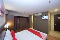 OYO 89421 Pp Island Hotel