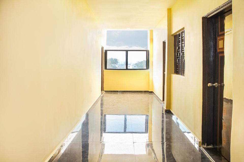 OYO 60781 Hotel Rm