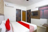 OYO 60786 Hotel Bluestar