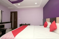 OYO 60816 Hotel Shree Residency