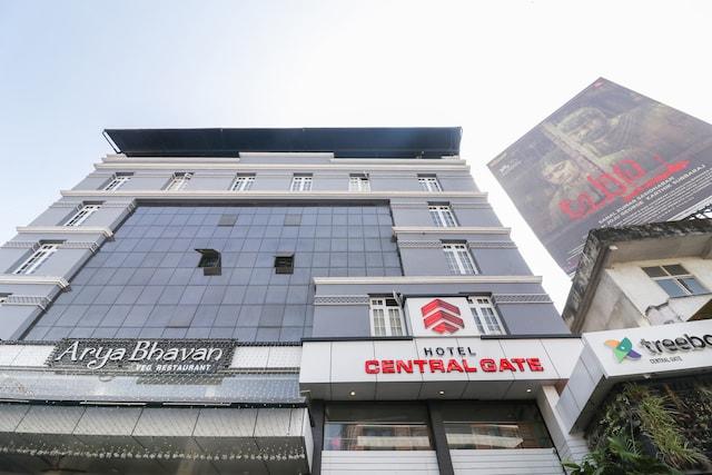 Capital O 60841 Central Gate Hotel
