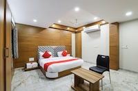 OYO 60848 Hotel New Shree Nath