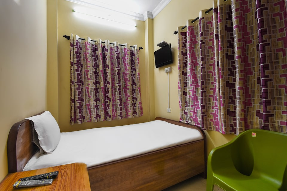 SPOT ON 60849 Xclusive Service Apartments Guest House