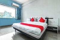 OYO 60852 Hotel Residency Park