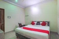 SPOT ON 60872 Maa Barabhuja Guest House