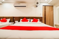 OYO 60873 Hotel Krishna Royal Residency