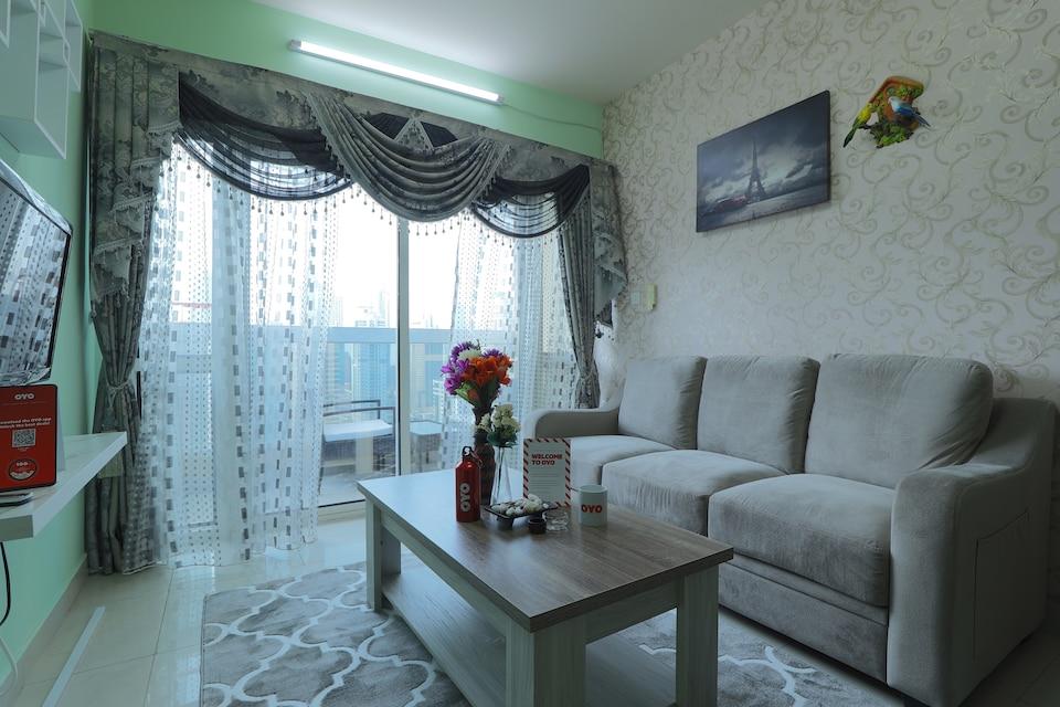 OYO Home 301 2BHK Dubai Gate 1 JLT