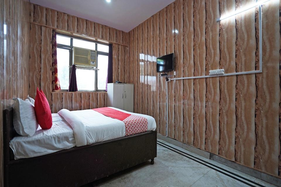 OYO 60889 Hotel Krishna