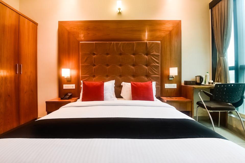 Capital O 60900 Hotel Le Western
