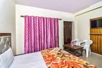 SPOT ON 60953 Hotel Pine Tree