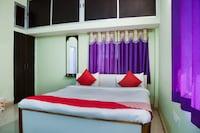 OYO 60989 Aditya Home