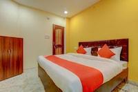OYO 61094 Hotel Deep Inn