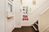 OYO Palatine Hotel