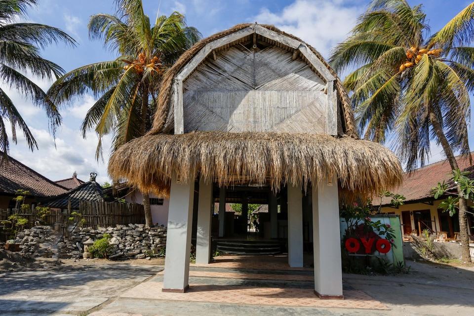 OYO 1651 Purnama Beach Hotel
