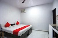 OYO 61152 Cgr Residency 2