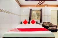 OYO 61153 Hotel Galaxy Deluxe