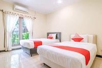 OYO 1654 Maha Bharata Kuta Inn
