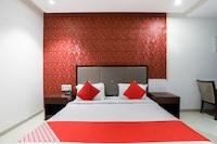 OYO 61228 Hotel Shrimad