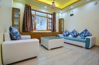 OYO Home 61285 Captivating 3bhk Apartment  Sanjauli