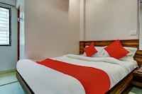 OYO 61300 Hotel Shrihari