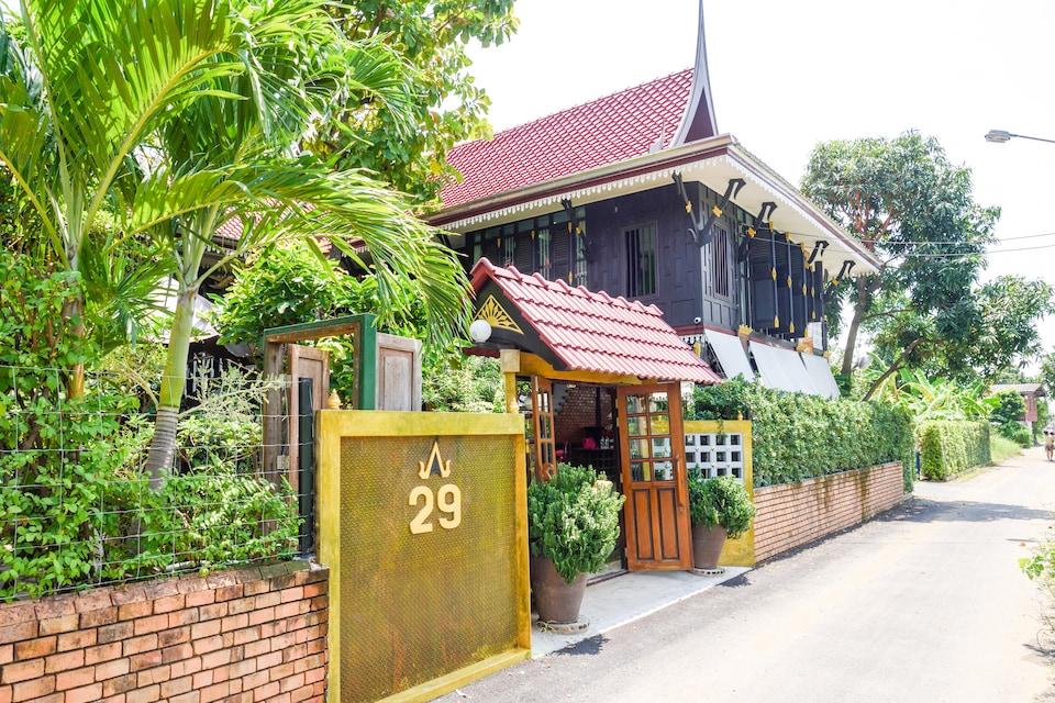 OYO 326 Ruen Thai Mareeya