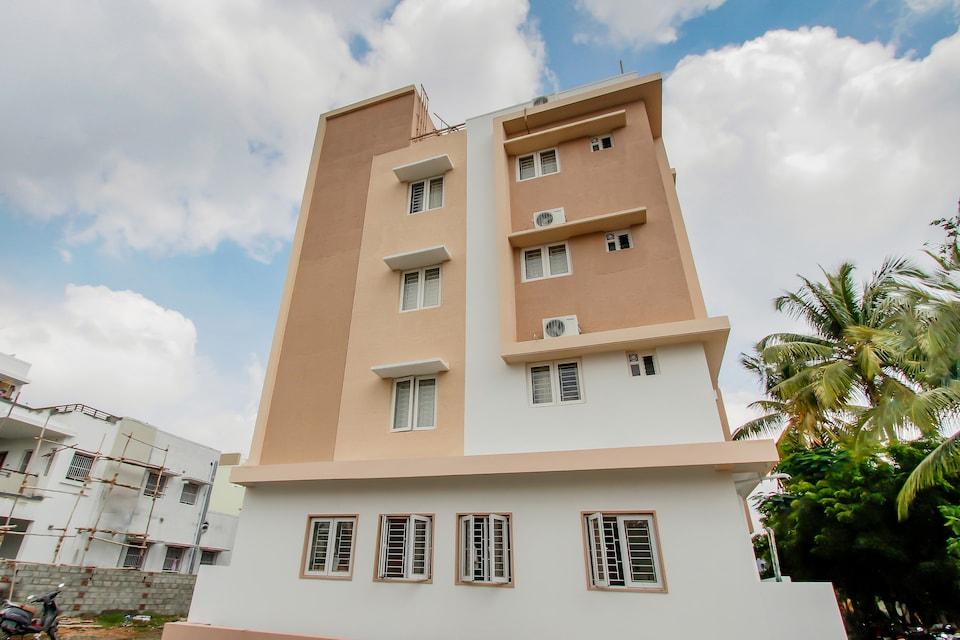 Capital O 61349 The Paradise International , Trichy Road, Coimbatore